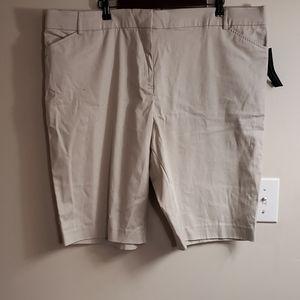 NWT Khaki Plus Size Bermuda Shorts